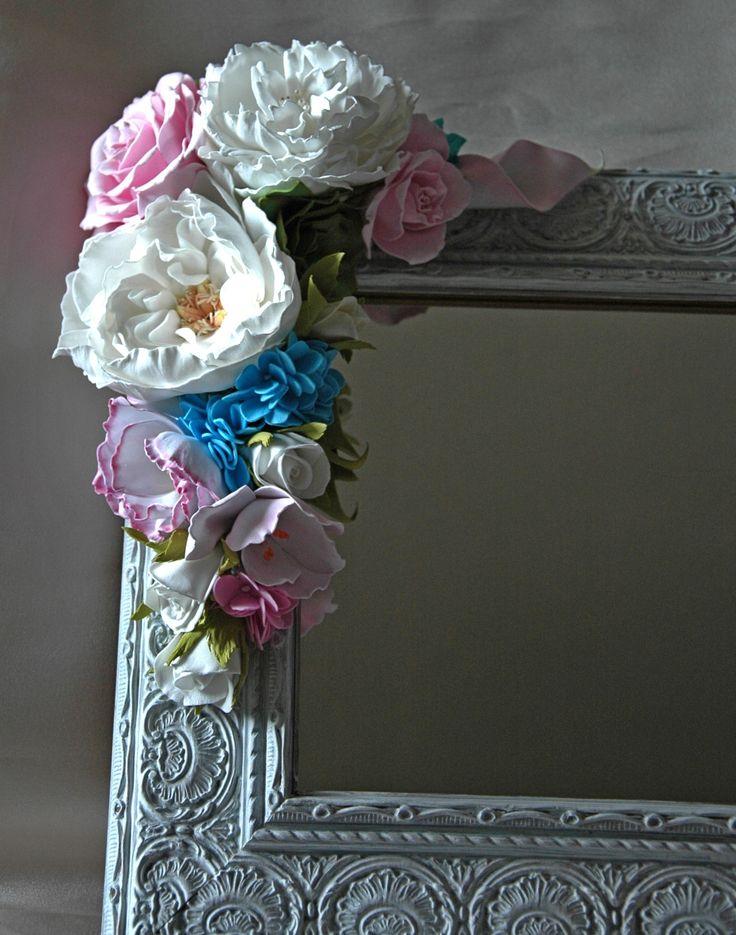 Отреставрированное старое зеркало