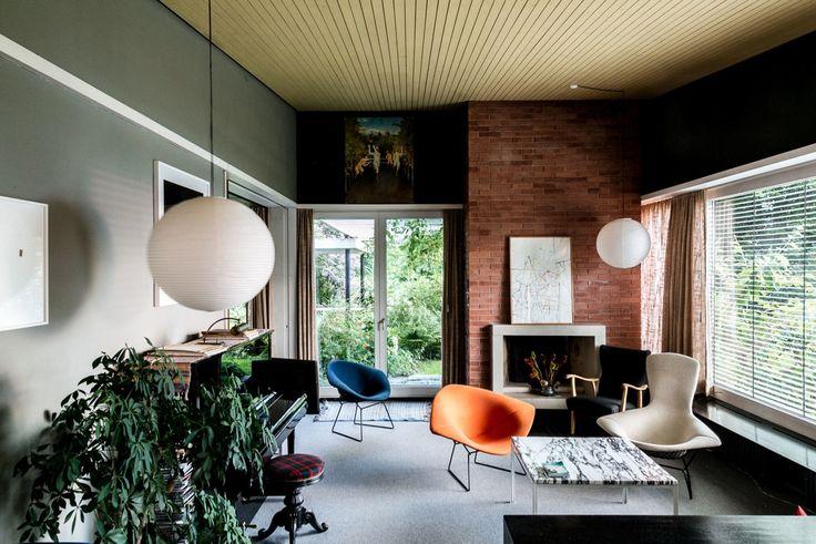 mid-century house by Leo Hafner - Lake Zug, Switzerland - living room