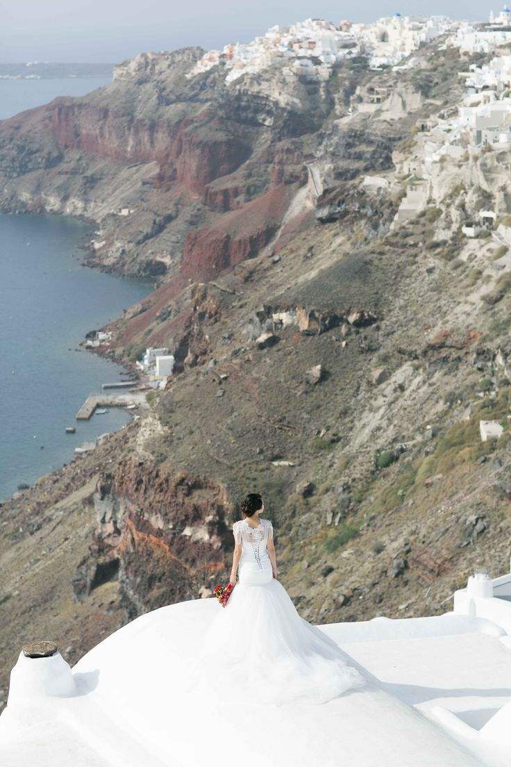 Sunrise | Evelyn and FX – Pre-Wedding photo session in Santorini with Sunrise Greece