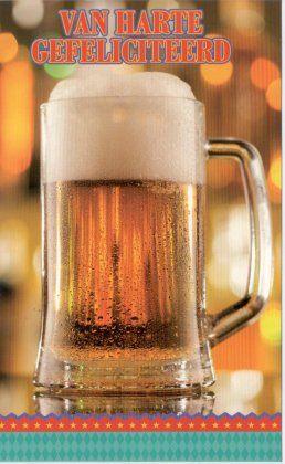 Van harte gefeliciteerd!      Wenskaart- felicitatiekaart voor mannen met glas bier
