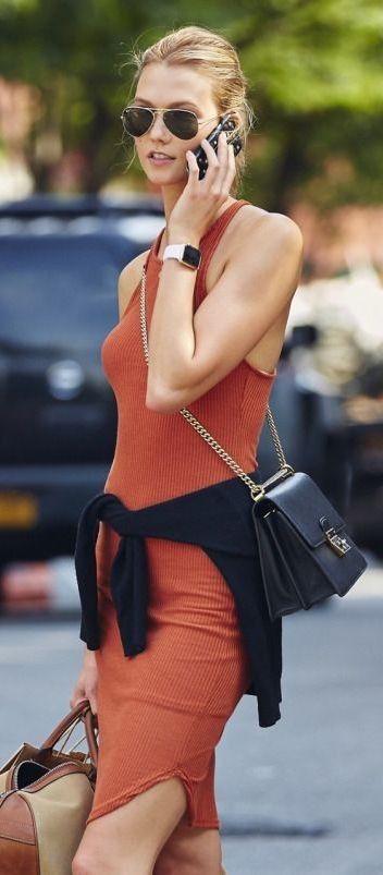 #street #style Karlie Kloss orange @Wachabuy #street