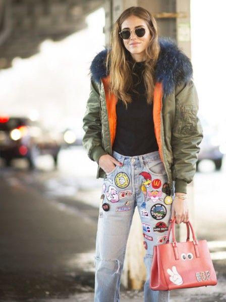 Schräge Blicke, komische Komplimente? Mit diesen Tipps lassen Sie sich von Kommentaren anderer modeteschnisch nicht mehr verunsichern. Hier: Neue Modetrends im Frühling ausprobieren - so trauen Sie sich!