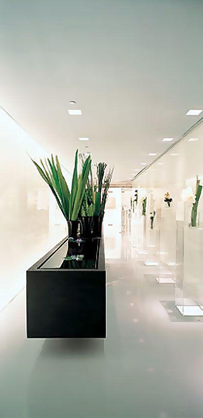 599 best retail images on pinterest retail interior for Giorgio armani architetto