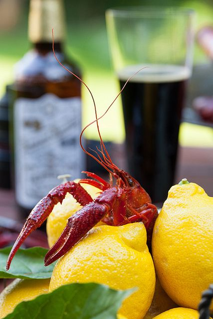 Friday Night Feast: Hot & Juicy Crawfish with Beer. How to boil perfect spicy crawfish, recipe Also known as crawdads