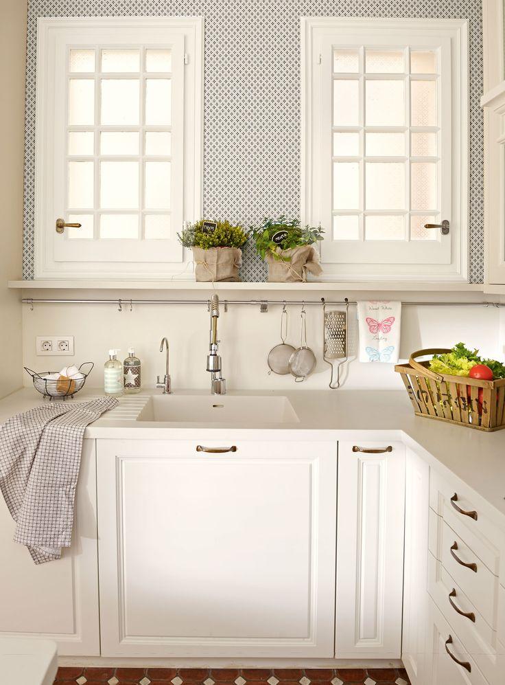 Ideas para aprovechar el espacio en las cocinas peque as for Ideas para aprovechar espacios pequenos
