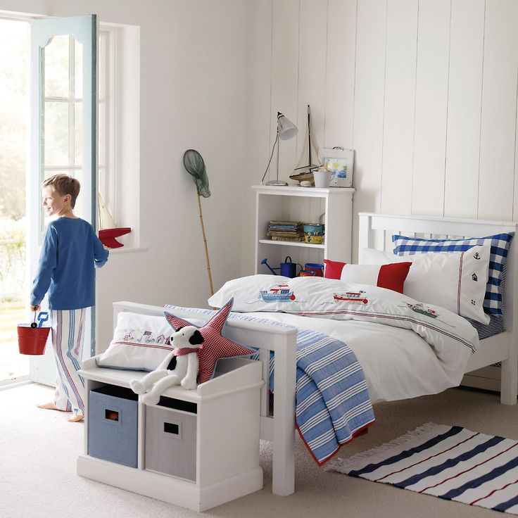 30 best images about children 39 s bedroom on pinterest for Blue and white boys room
