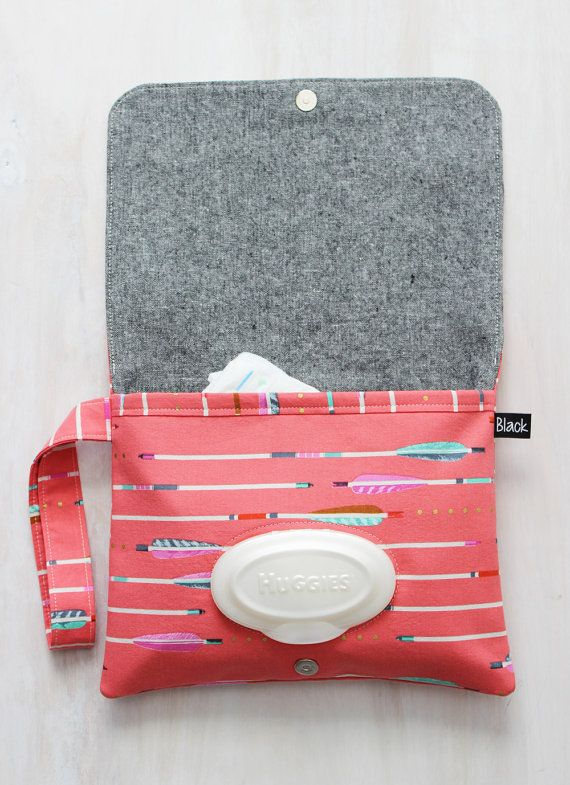 This grab and go diaper clutch is perfect for quick outings with baby or to organize your diaper bag! by BlackArrowStudio