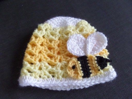 Buzzy Bee Baby Blanket with Matching Hat – Crafty Cori Strikes Again