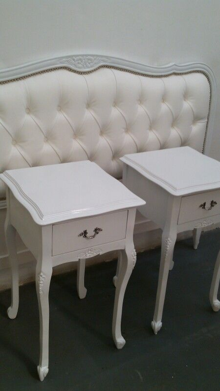 Mesas de luz luis xv muebles estilo frances luis xv for Muebles estilo frances