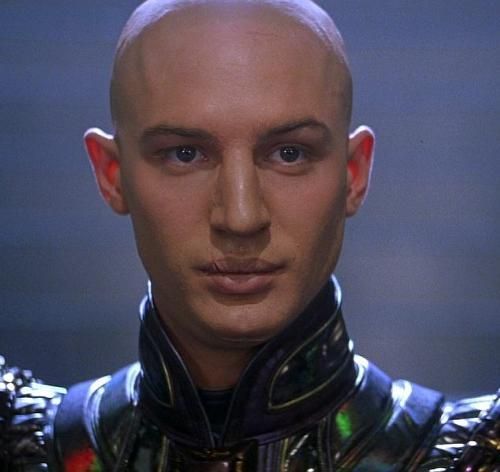 Tom Hardy as Shinzon on Star Trek: Nemesis  Maryn wins the detection award!