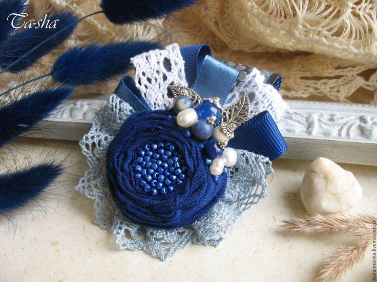 """Купить """"Синяя даль"""" бохо брошь, цветок из ткани голубой - брошь в форме цветка"""