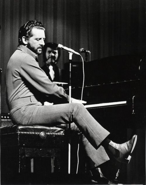 Jerry Lee Lewis, The Palladium in London, April 23, 1972.   cousin Roger Melvin