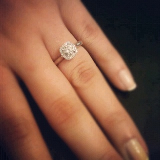 Simple and perfect engagement ring