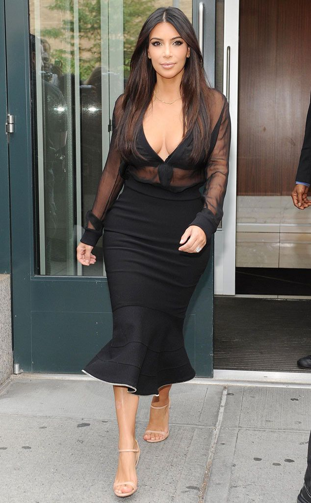 Kim Kardashian from The Big Picture: Today's Hot Photos
