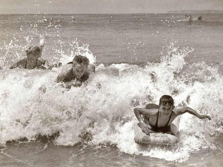 Surfoplane riding at a Sydney beach, 1930s. Vintage ...