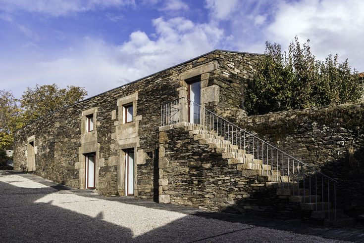 Completed in 2012 in Figueiró dos Vinhos, Portugal. Images by Nuno Gaspar. The Casa da Calçada was one of the dominant buildings in the vineyard village of Provezende in the Douro region, Portugal. The house has a regular...