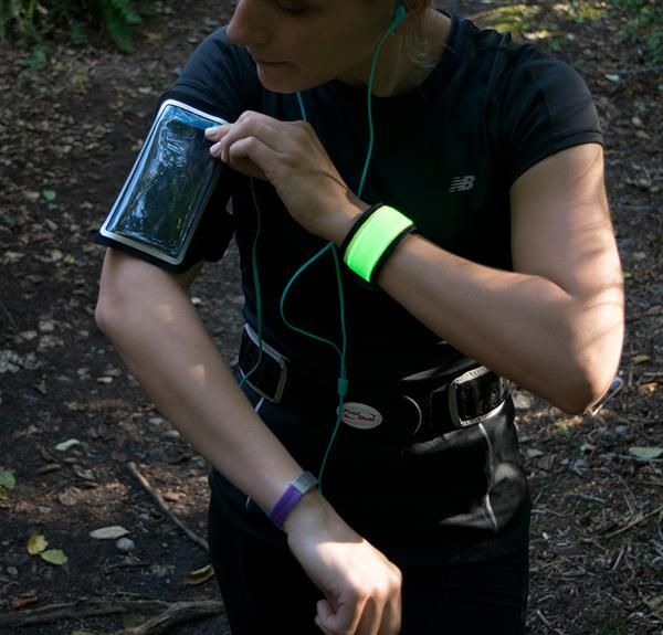 LOGiiX Flexband Armband for Phones up to 5 Inches #fitness #health #wearables #LOGiiX www.logiix.net