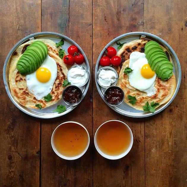 Loving Boyfriend Prepares Symmetrical Breakfasts For Himself And His Partner Every Day