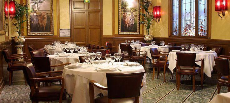 Au Bœuf Couronné - meat restaurant in Paris
