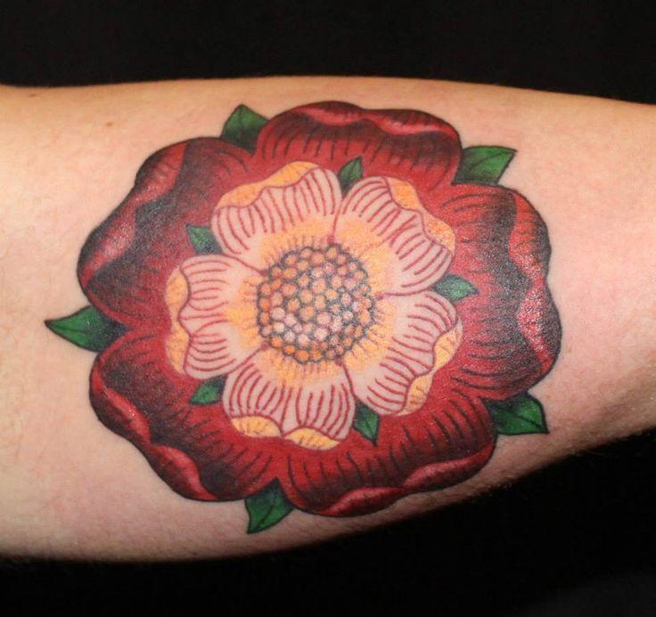 best 25 tudor rose tattoos ideas on pinterest tudor rose image from england and tudor image. Black Bedroom Furniture Sets. Home Design Ideas
