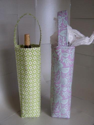 DIY Wine gift bags DIY Crafts DIY Bag: Wine Bottle Gift Bag from Tavie Meier