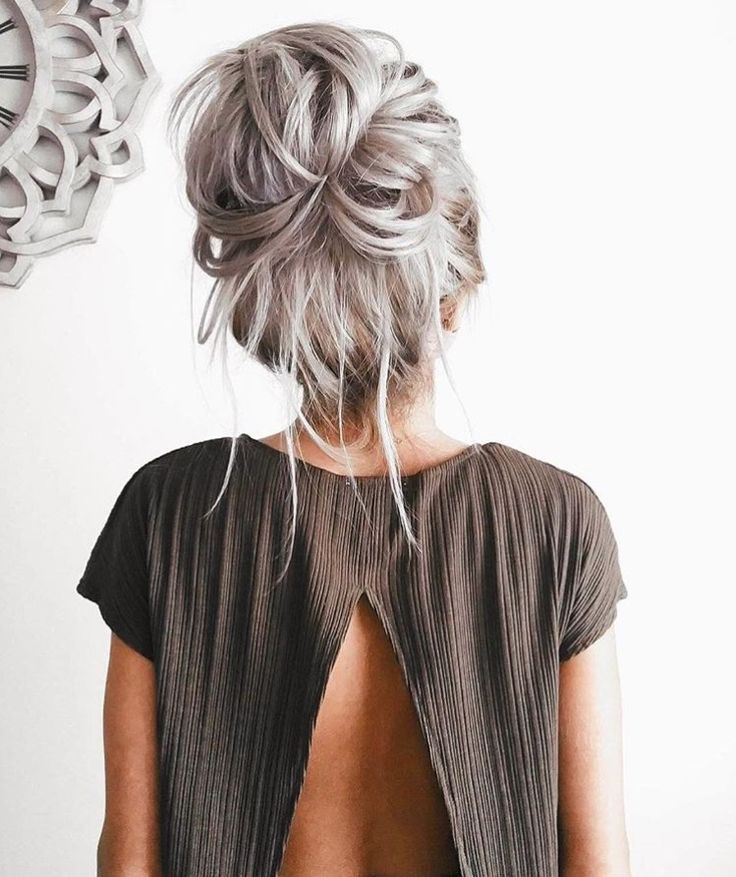 awesome Красивые серые волосы (50 фото) — Трендовые варианты окрашивания 2017 Check more at https://dnevniq.com/serye-volosy-foto/
