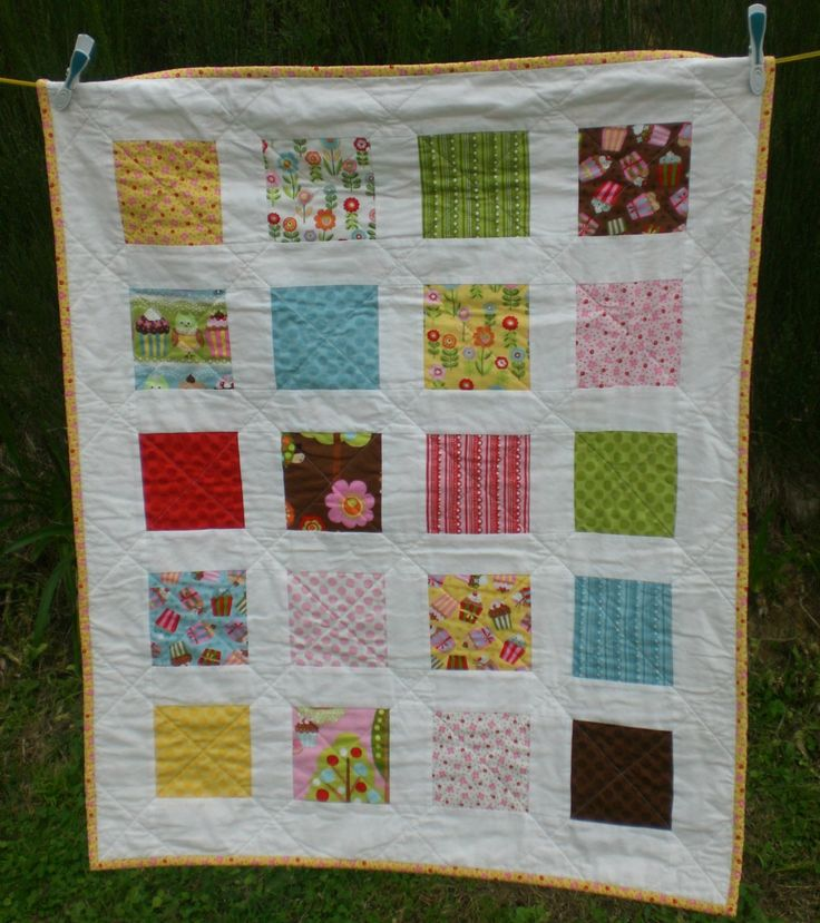Fun and colourful baby quilt -