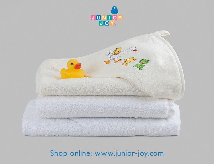 Bath time with Junior Joy