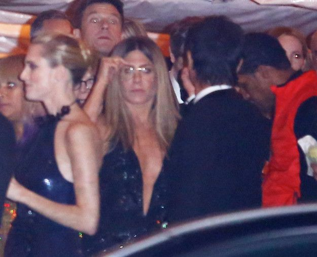 """And this one is more like """"I swear to God if my car doesn't get here RIGHT NOW and I can't order Papa John's before it closes you don't want to see what will happen!""""   These Pictures Of Jennifer Aniston Leaving The Oscars Make Me Like Her 7,837 Times More"""