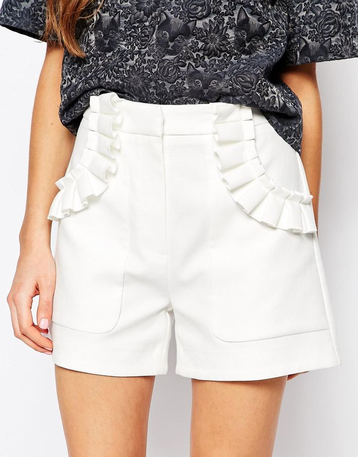 Image 3 of Paul and Joe Sister Frill Pocket 60s Shorts in White