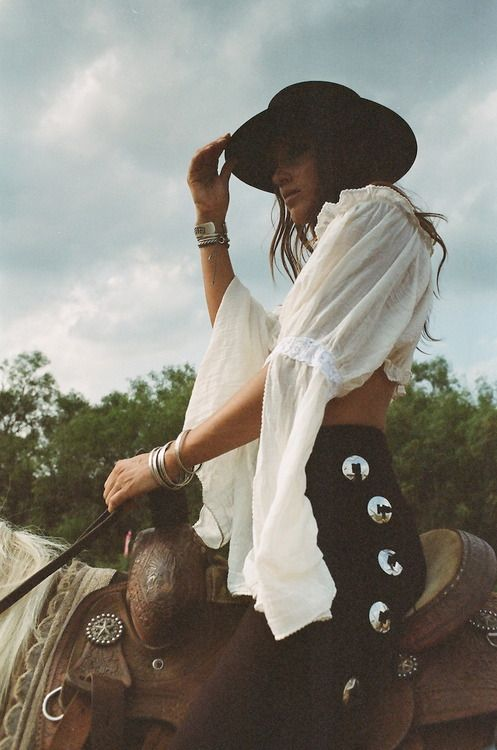 TatiTati Style ✿ This might be considerd boho style, but im IN LOVE with this look. And i have the figure to pull it off.