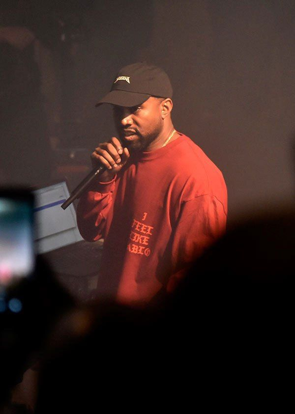 Kanye West charges $20 for download after he finally releases The Life of Pablo - http://wp.me/p4MFYY-LHA