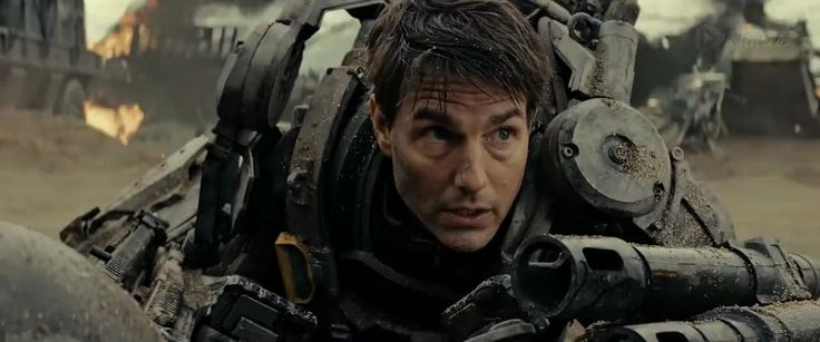 Download Edge of Tomorrow (2014) 720p WEB-DL 750MB