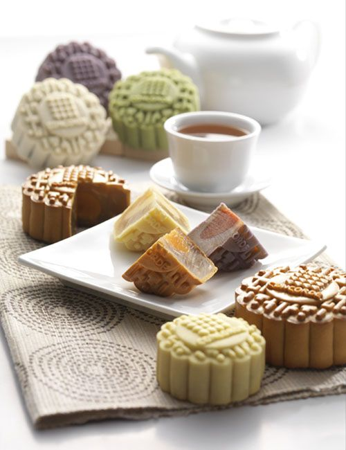 Traditional White Lotus, Chocolate Omochi filled with a soft, chewy mochi centre, Charcoal Baked Yam mooncakes