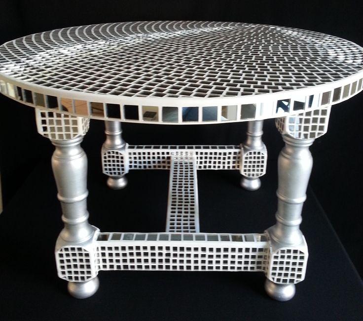 table basse ronde en mosaique de miroir meubles et rangements par passion mosaique mes. Black Bedroom Furniture Sets. Home Design Ideas