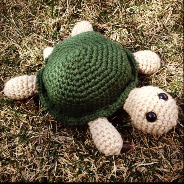 Amigurumi To Go Turtle : 475 best images about Animal Amigurumi Patterns on ...