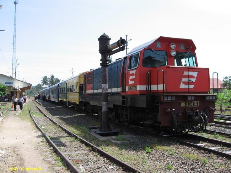 BB20416 at Solok Train Station, 2013.