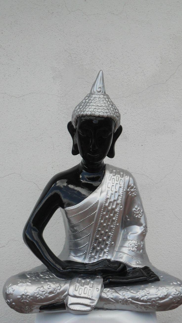deusa pintado preto e prateado 50cm