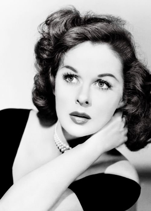 "Susan Hayward: "" ""I never thought of myself as a movie star. I'm just a working girl. A working girl who worked her way to the top–and never fell off. "" """