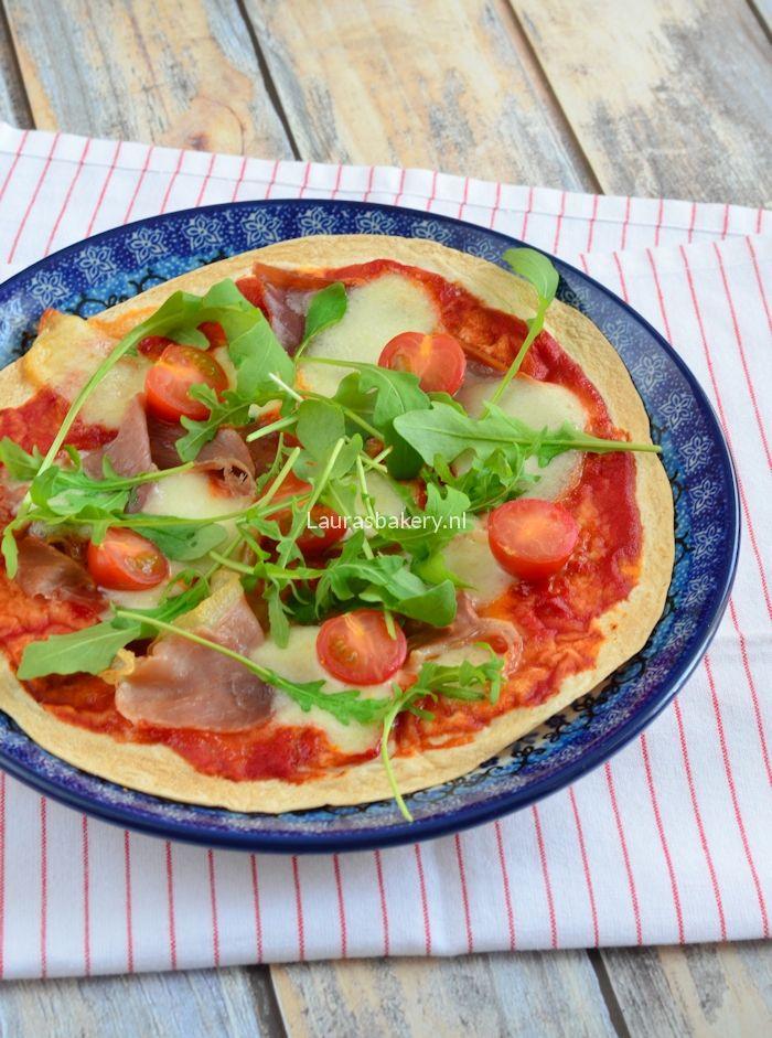 Tortizza met prosciutto en mozzarella - Laura's Bakery