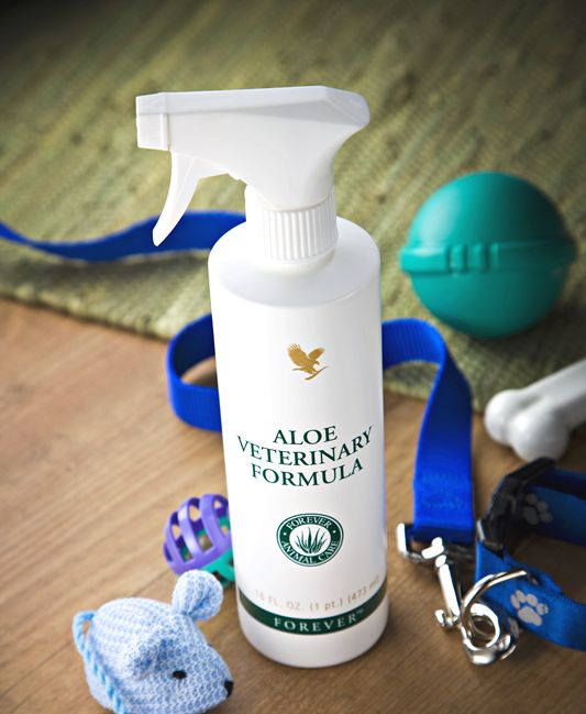 Aloe Veterinary Formula is made with stabilized Aloe Vera gel as its primary ingredient. Allantoin, a naturally soothing substance, is the other main ingredient. The nozzle-control spray makes application to any size or type of pet easy!