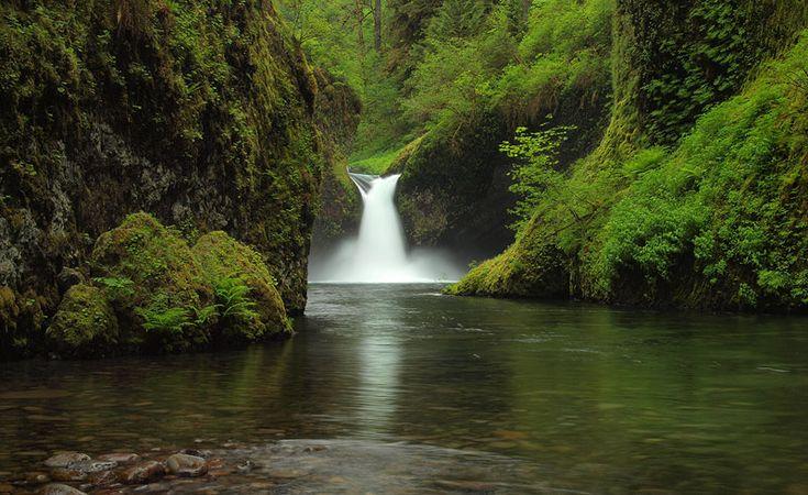 Punchbowl Falls, Eagle Creek Trail, Columbia River Gorge, Oregon