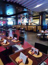 http://govegas.about.com/od/atozinde3/fr/Gordon-Ramsay-Burgr-Las-Vegas-At-Planet-Hollywood.htm