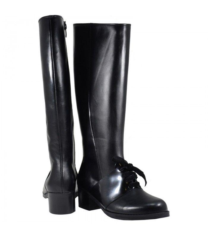 Lou boots Matina