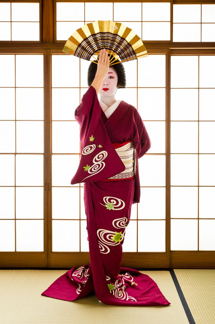 John Paul Foster - A Photographer of Geisha, Maiko, and Kyoto - Geisha & Maiko I - 1