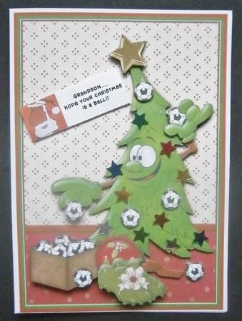 FOOTBALL FAN S CHRISTMAS TREE Card Topper Decoupage on Craftsuprint designed by Janet Briggs - made by Davina Rundle - I printed on to paper, slightly reduced in size to fit a 7x5 card. Mounted the topper on to a white card and layered all elements. Added confetti stars to embellish, and printed my own greeting. A great fun design for all football fans. - Now available for download!