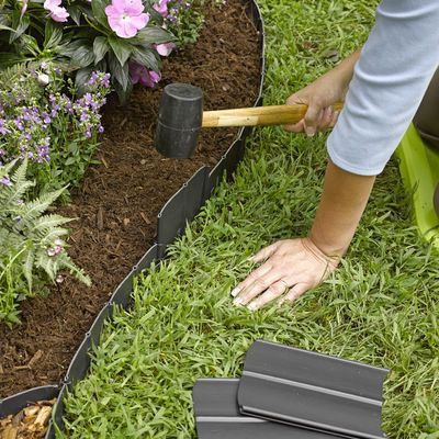 This plastic, pound-in Landscape Edging is the quickest, easiest system you'll find for defining an edge around your flower beds or garden.