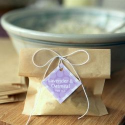make your own lavender oatmeal tub tea perfect for a baby or bridal