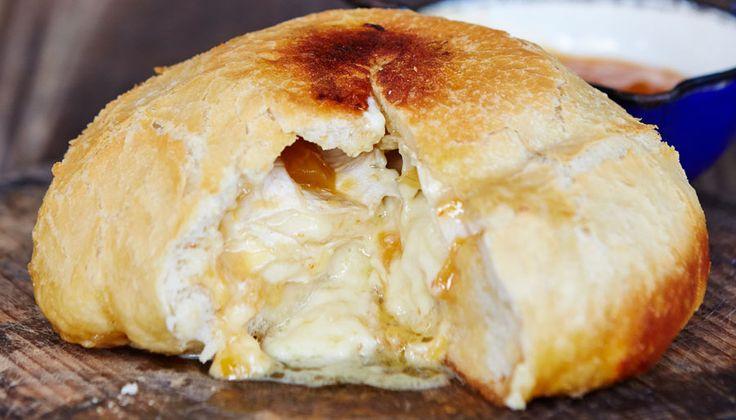 Camembert potbrood. Vir die volgende braai