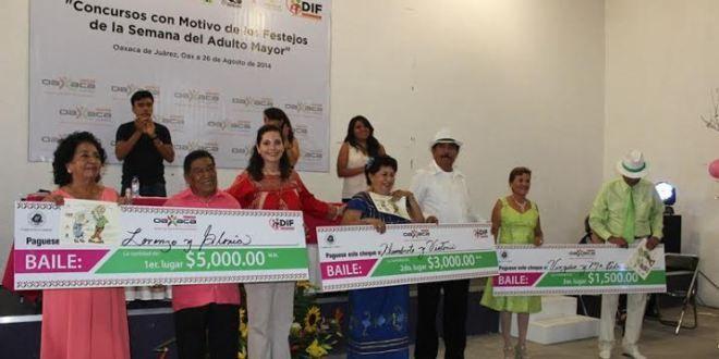 Oaxaca Digital | Con gran éxito, realiza DIF Municipal Concursos de Baile y Poesía